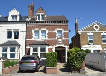Thumbnail 4 bed flat to rent in Alexandra Road, London