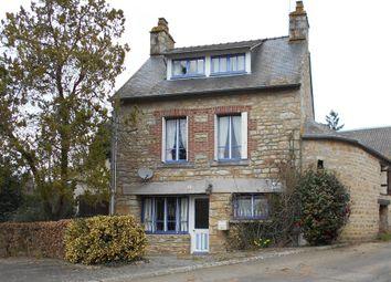 Thumbnail Cottage for sale in La Pallu, La Pallu, Couptrain, Mayenne Department, Loire, France