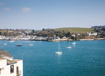 2 bed flat for sale in High Street, Falmouth, Cornwall TR11