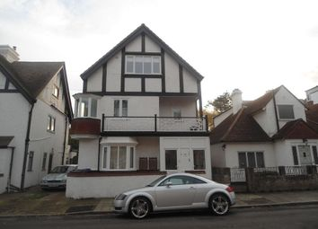 2 bed flat to rent in Beresford Gardens, Cliftonville, Margate CT9