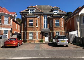 Stourcliffe Avenue, Southbourne, Bournemouth BH6. 2 bed flat