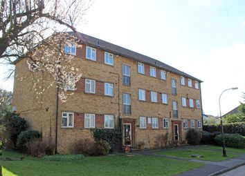 Thumbnail 2 bed flat for sale in Essex Lodge, Colney Hatch Lane, Muswell Hill, London