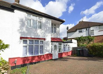 Thumbnail 3 bedroom property to rent in Nethercourt Avenue, West Finchley