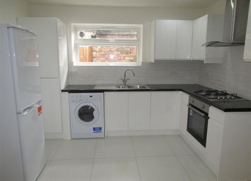Thumbnail 2 bed flat to rent in Sydenham Road, Croydon