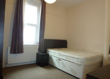 Thumbnail Room to rent in Pen-Y-Lan Road, Pen-Y-Lan/Roath, Cardiff