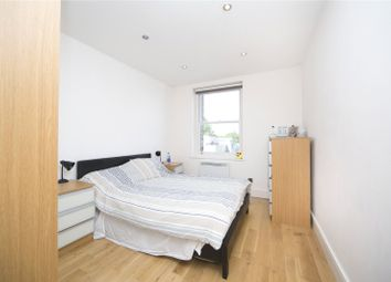 Thumbnail 1 bed flat to rent in Upper Street, Barnsbury