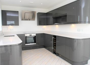 Thumbnail 2 bed flat for sale in Portsdown Hill Road, Portsmouth
