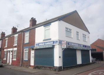 Thumbnail 1 bed flat to rent in Urban Road, Hexthorpe, Doncaster, South Yorkshire