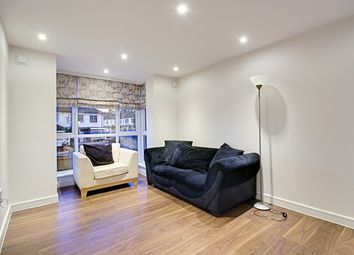 Thumbnail 2 bed flat for sale in Brunswick Park Road, New Southgate