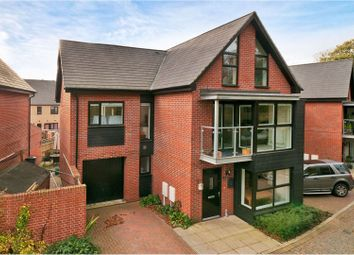Thumbnail 5 bed detached house for sale in Beadsman Crescent, West Malling