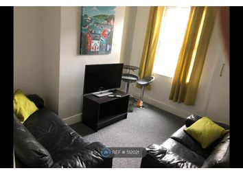 Thumbnail Room to rent in Queen Anne Street, Stoke-On-Trent
