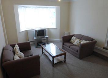 Thumbnail 1 bed flat to rent in Alta Vista Road, Paignton