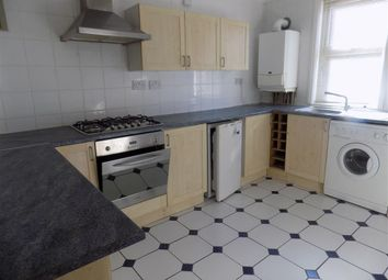Thumbnail 1 bed flat to rent in Bedfordwell Road, Eastbourne