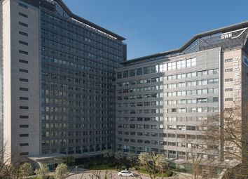 Thumbnail Office to let in Great West House, Great West Road, Brentford