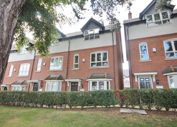 Thumbnail 4 bed town house to rent in Stanley Road, Clarendon Park, Leicester