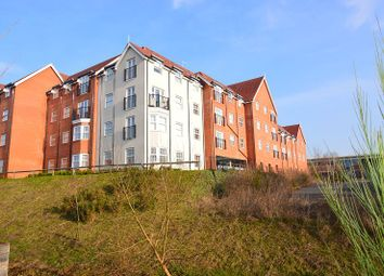 Thumbnail 1 bed flat to rent in Glassford House, Ashville Way, Wokingham