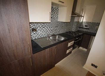 Thumbnail 2 bed flat to rent in Holly Park, Finchley, London