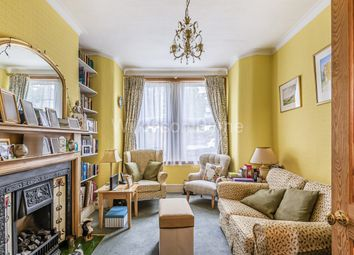 3 bed terraced house for sale in Evesham Road, London N11