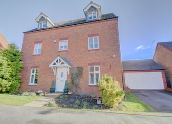 Thumbnail 5 bedroom detached house for sale in South Meadow View, Northampton