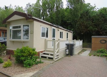 Thumbnail 1 bed mobile/park home for sale in Wainfleet Bank, Wainfleet, Skegness