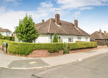 Thumbnail 2 bed bungalow to rent in Gainsborough Crescent, Henley-On-Thames
