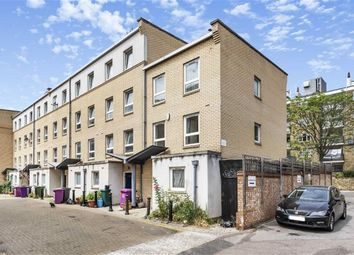 Thumbnail 4 bed flat to rent in Gaverick Mews, London