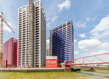 Thumbnail 1 bed flat for sale in Defoe House, City Island, London