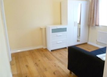 Thumbnail Studio to rent in Ivy Road, Hounslow