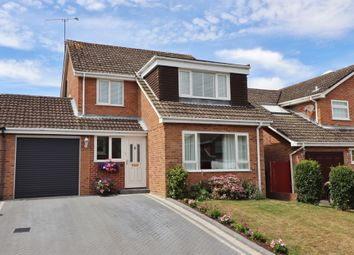4 bed link-detached house for sale in Stubbington Way, Fair Oak, Eastleigh SO50