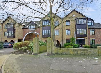 Thumbnail 1 bed flat for sale in Erith Road, Belvedere, Kent
