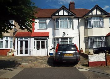 Thumbnail 3 bedroom property to rent in Glenthorne Gardens, Ilford