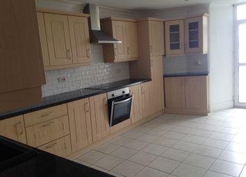 Thumbnail 2 bedroom flat to rent in Warren Road, Torquay
