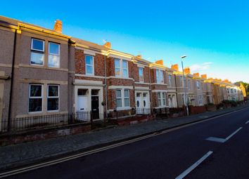 Thumbnail 2 bed flat to rent in Brinkburn Avenue, Gateshead