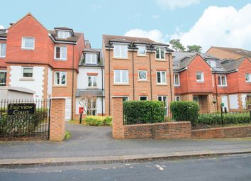 Thumbnail 2 bed flat for sale in Fairfield Road, East Grinstead