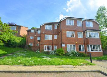 Thumbnail 2 bed flat for sale in Greatacre, Chesham