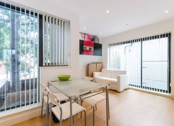 Thumbnail 1 bed flat to rent in Wandsworth Road, Clapham Old Town, London