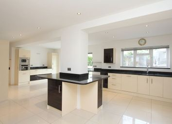 Thumbnail 6 bed detached house to rent in Crabtree Close, Beaconsfield