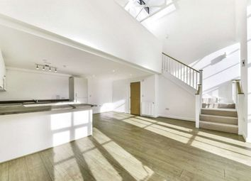 1 bed terraced house to rent in Metropolis Plaza, Mile End E3