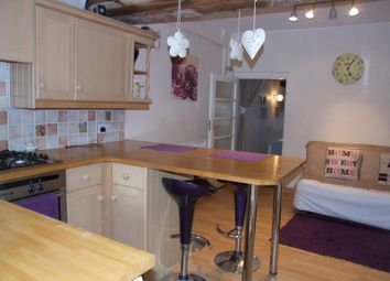 Thumbnail 1 bed cottage to rent in Newland, Witney
