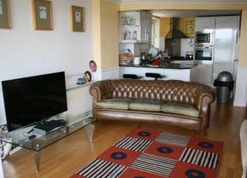 Thumbnail 3 bed flat to rent in Glaisher Street, Greenwich