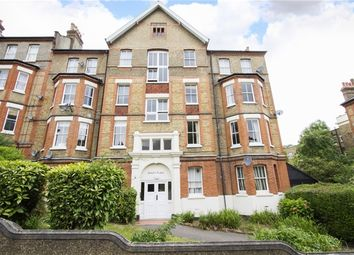 Thumbnail 3 bedroom flat to rent in Taymount Rise, London