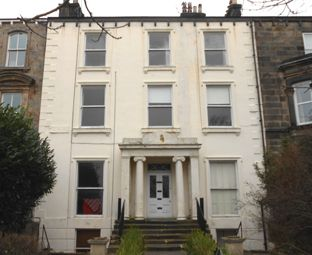 Thumbnail 1 bed flat to rent in York Place, Harrogate