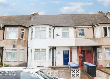 Thumbnail 2 bed flat for sale in Brendon Avenue, London