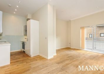Thumbnail 2 bedroom flat to rent in Park Piazza, London
