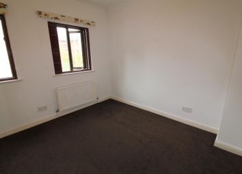1 bed property to rent in Kestrel Close, London NW9