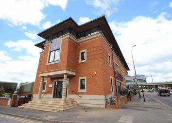 2 bed flat to rent in Chiltern Business Centre, Garsington Road, Cowley, Oxford OX4