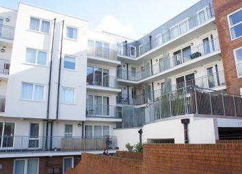 Thumbnail 1 bed flat for sale in Lankaster Gardens, East Finchley