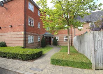 Thumbnail 2 bed flat to rent in Shillingford Close, Mill Hill