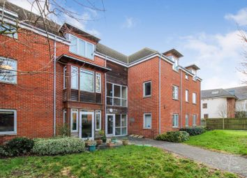 2 bed flat for sale in Thurlow Grange, Newbury RG14