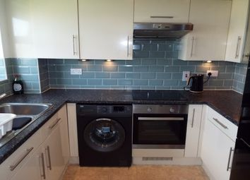 Thumbnail 2 bed flat to rent in Fenners Marsh, Gravesend
